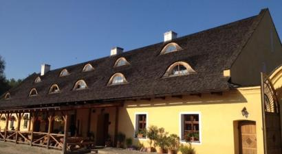 Dvůr Olšiny - Restaurant Hotel and Horse-riding<br/>Jablunkov